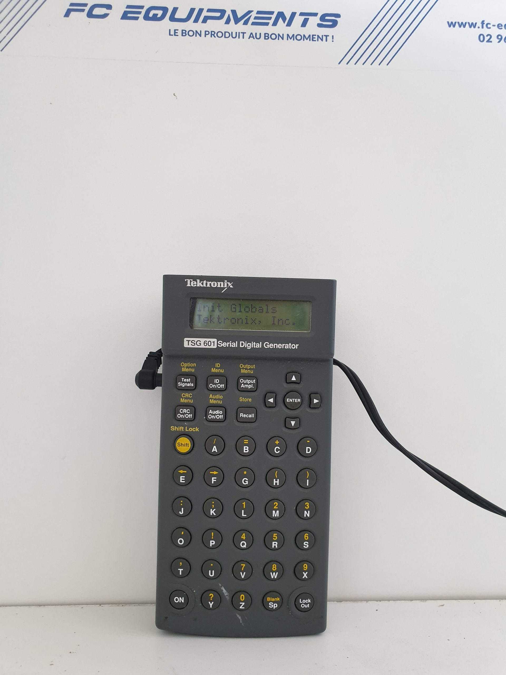 SERIAL DIGITAL GENERATOR - TEKTRONIX